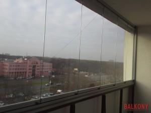Zabudowa balkonu system bezramowy
