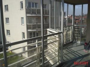 Zabudowa balkonu w Warszawie